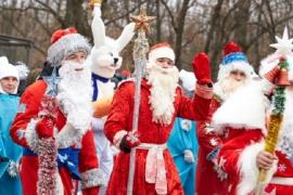 Три Деда Мороза и три Снегурочки в одной квартире