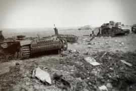 Три боевые машины одним снарядом