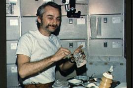 Космический розыгрыш астронавта Оуэна Гарриота