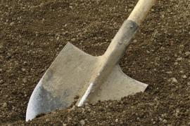 Лопата – оружие юмориста