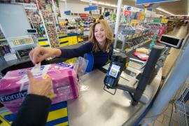 Беременные кассирши в британском супермаркете