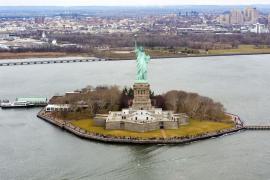 Как сделать деньги на статуе Свободы. А заодно и собрать их для неё тоже