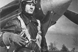 Герой Советского Союза Захар Сорокин, летавший без обеих ступней