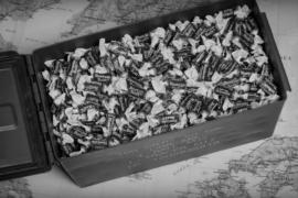 Конфеты вместо боеприпасов