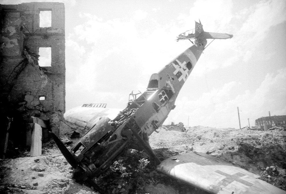сбитый самолет картинки катерина