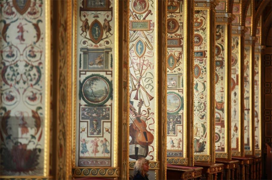 Лоджии рафаэля. библия на потолке.