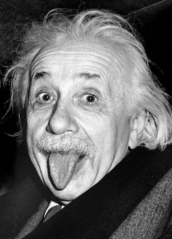 эйнштейн история фото с языком