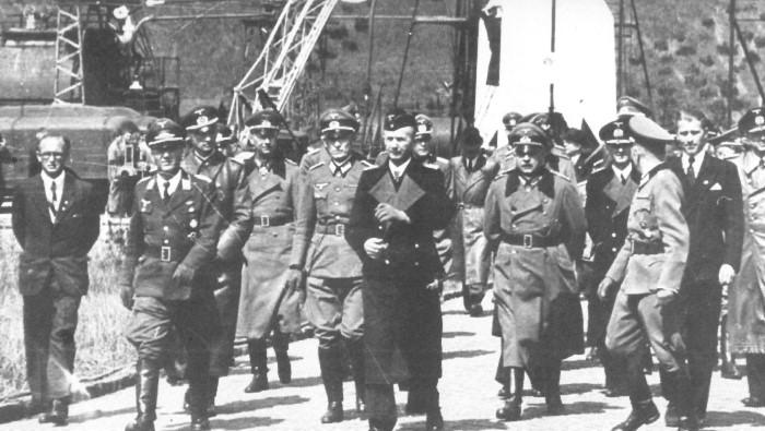 Про луну и нацистов. информация из папки..